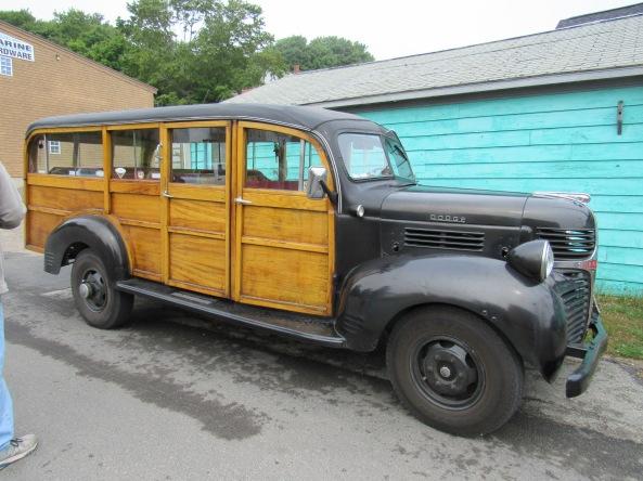 1947 Dodge 1 ton Woody bus